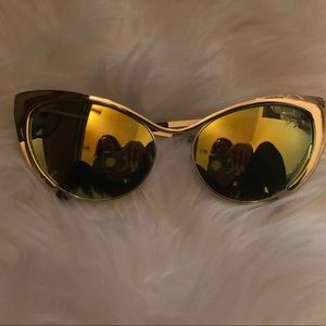 Retro gold sunnies